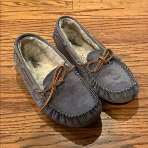 Ugg Dakota Slipper Size 9